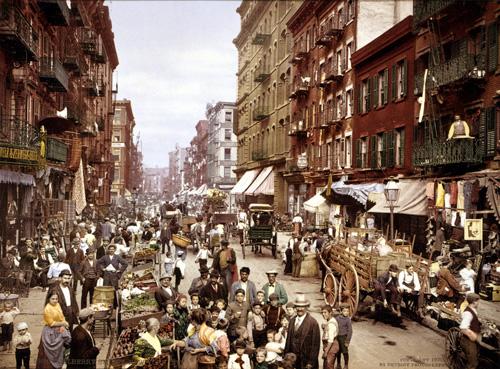 imagen de Gueto de inmigrantes de Little Italy, en Nueva York, hacia 1900. / BIBLIOTECA DEL CONGRESO DE EEUU