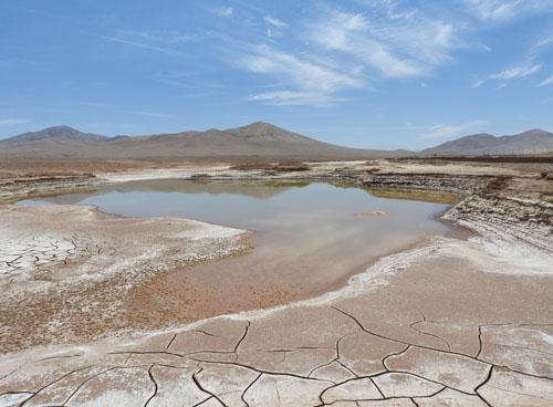 imagen de Lagos formados en el corazón hiperárido del desierto de Atacama./ Carlos González Silva