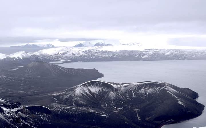 imagen de Isla Decepción, en la Antártida. /Foto: Antonio Álvarez-Valero