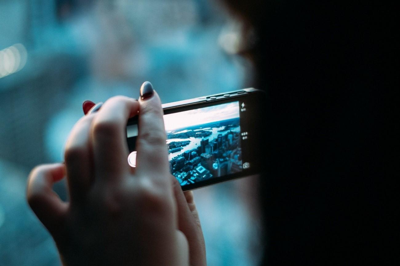 imagen de Un proyecto del CSIC usa datos de móviles para conocer la eficacia del confinamiento por Covid19. / Pixabay