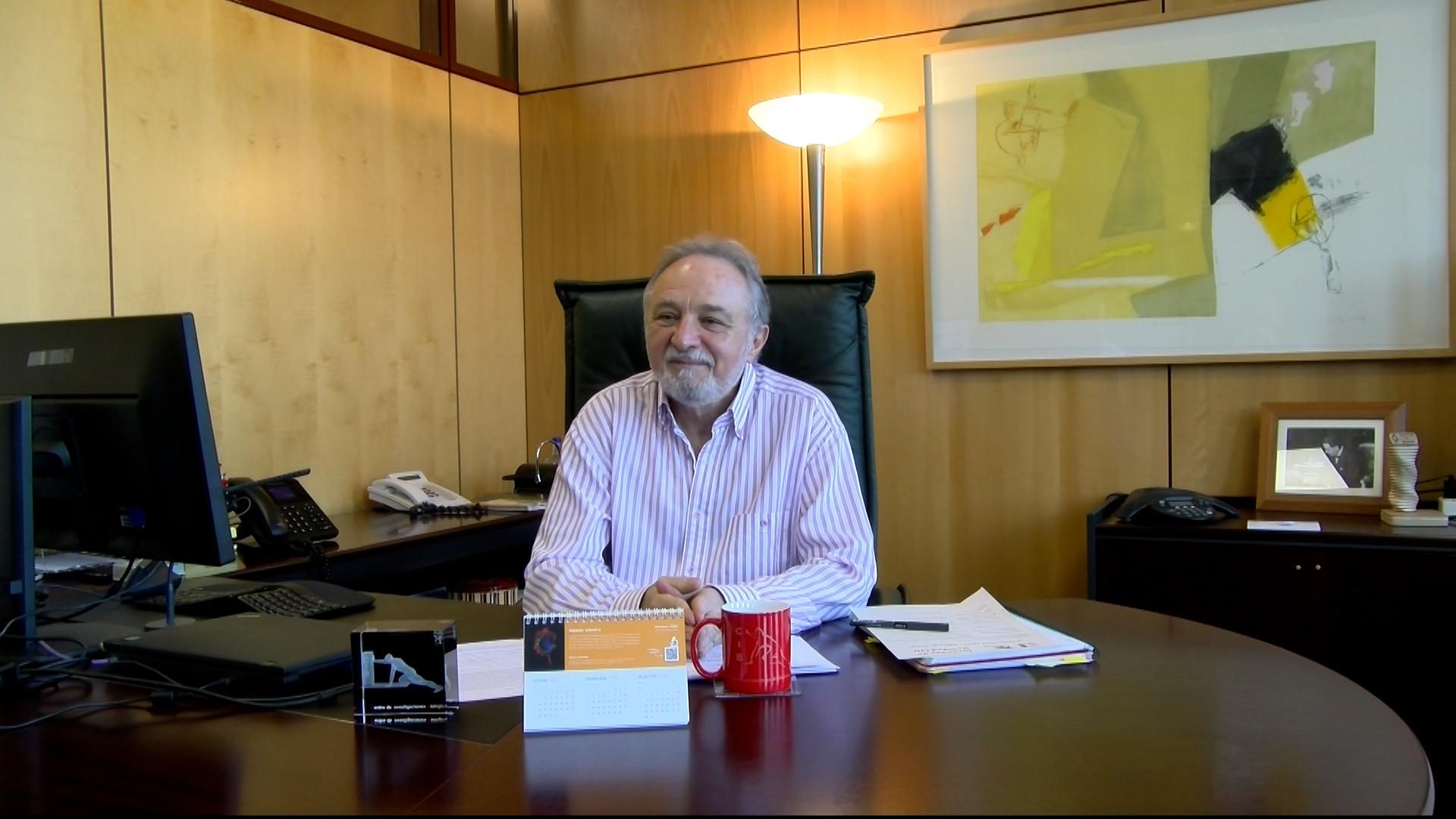 imagen de Enrique J. de la Rosa, director del Centro de Investigaciones Biológicas Margarita Salas (CIB-CSIC). Begoña García Sastre