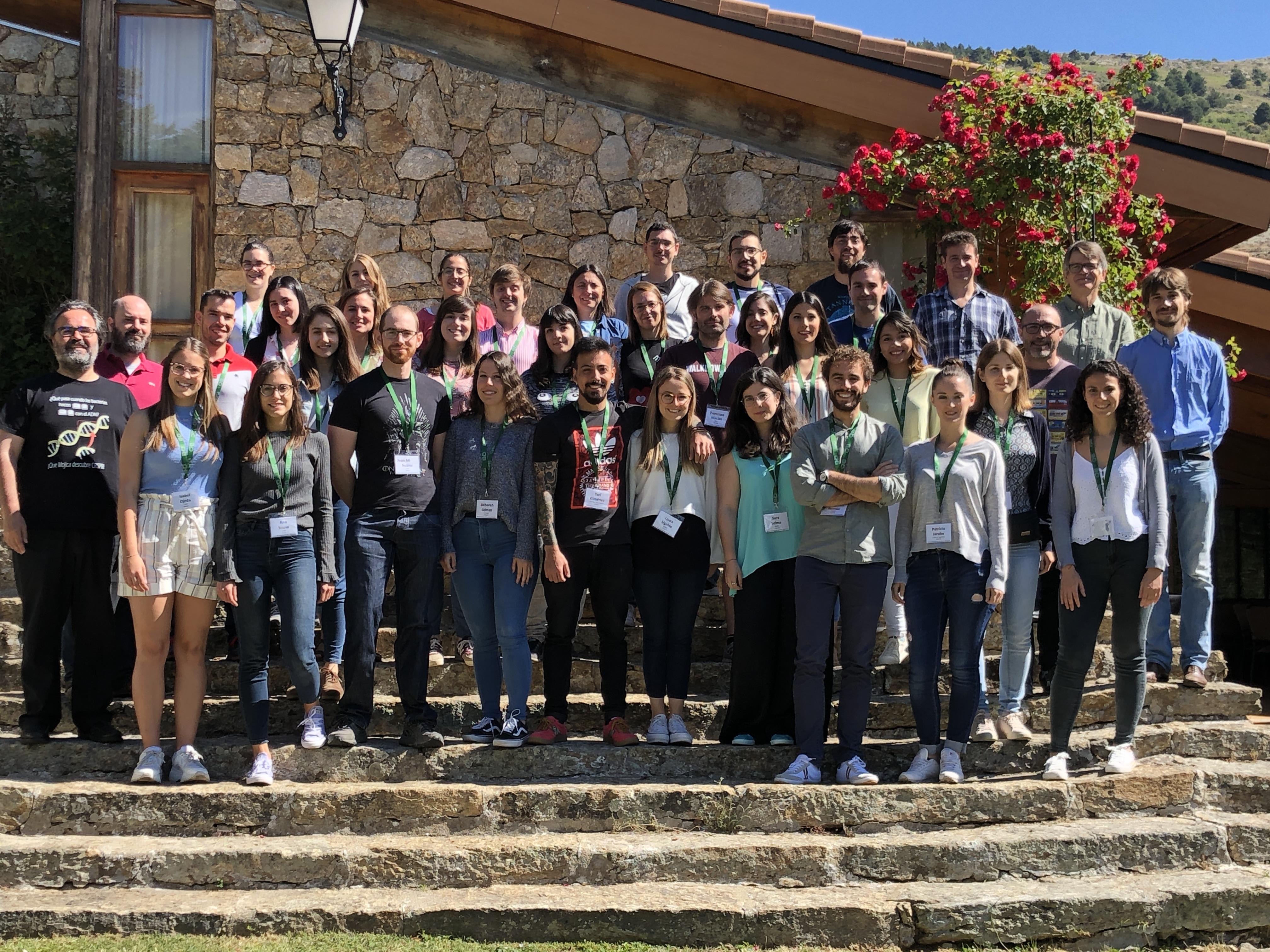 Foto de grupo de los asistentes al 8º Curso Nacional de Genética.