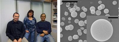 imagen de A la izquierda, de izquierda a derecha, Roberto Fenollosa, Isabelle Rodríguez y Francisco Javier Meseguer. A la derecha, microesferas de silicio, base de la crema solar. / CSIC