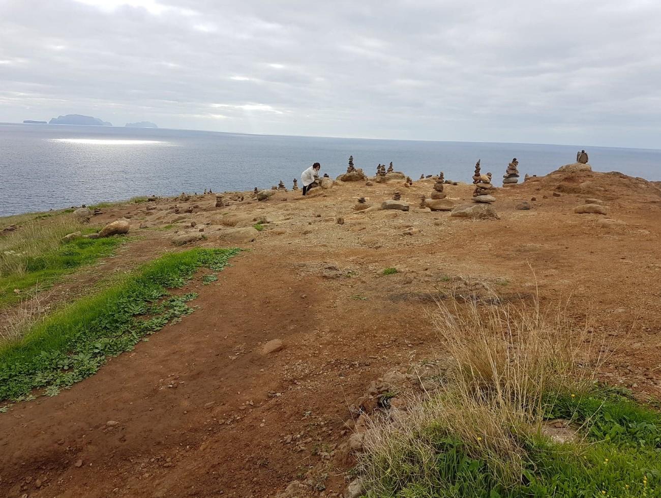Montículos de piedras en el Parque Nacional de Madeira, en Portugal./ JORGE FERREIRA