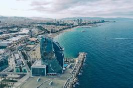 Barcelona es una de las ciudades de la red Ocean Cities. / Unsplash