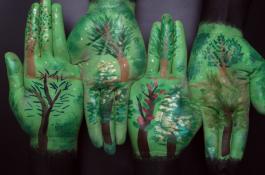Manos pintadas